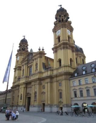 city galeria kaufhof münchen